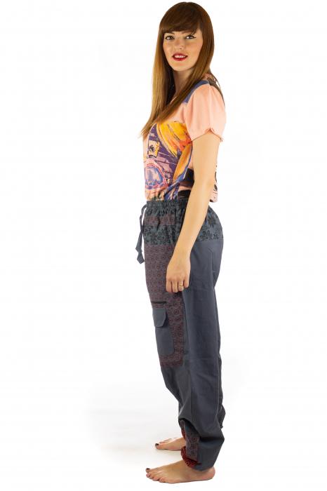 Pantaloni din bumbac cu print - Gri PT140 3