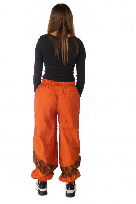 Pantaloni lejeri cu print si accente razor-cut - Portocaliu model 1 5