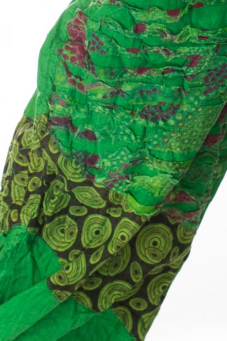 Pantaloni lejeri cu print si accente razor-cut - Verde 2