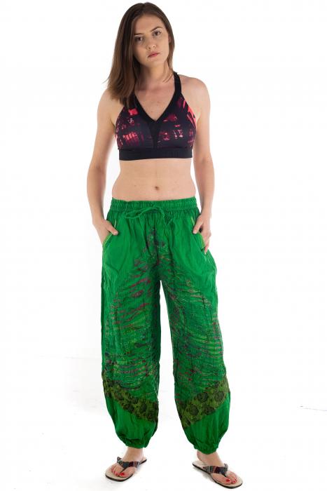 Pantaloni lejeri cu print si accente razor-cut - Verde - Model 2 1