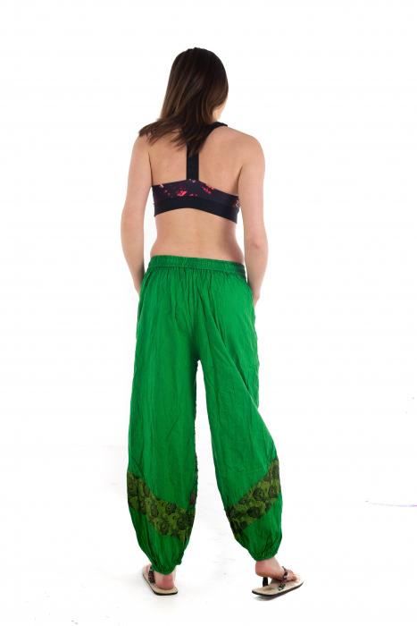 Pantaloni lejeri cu print si accente razor-cut - Verde - Model 2 5