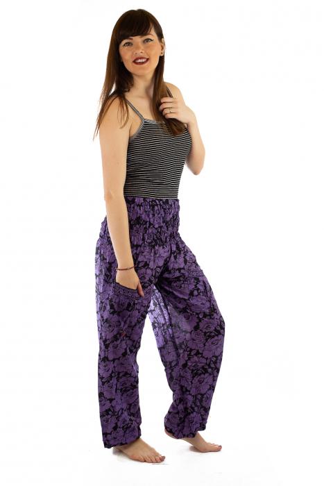 Pantaloni Lejeri - Mov cu Flori 3