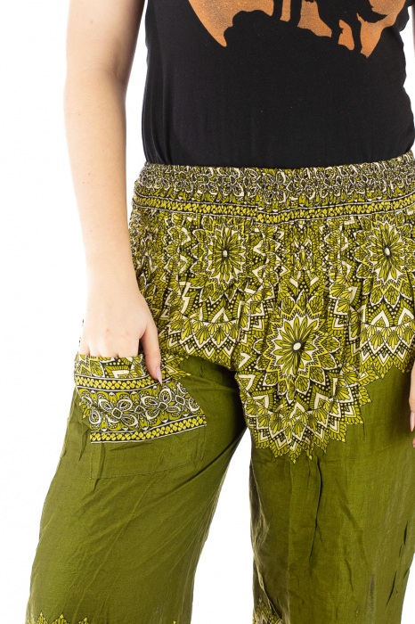Pantaloni tip salvar femei mandala verde olive 3