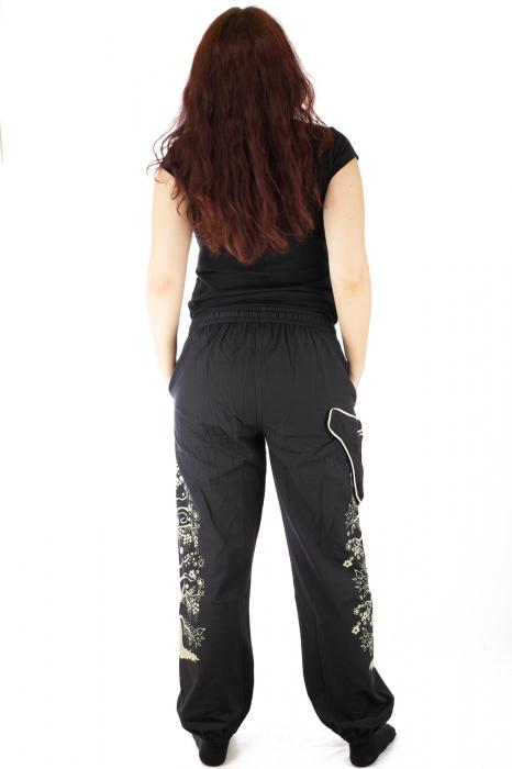 Pantaloni tip salvar pentru femei cu print 5