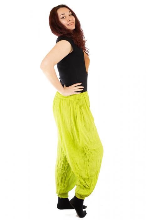 Pantaloni pentru femei creponati verzui 2