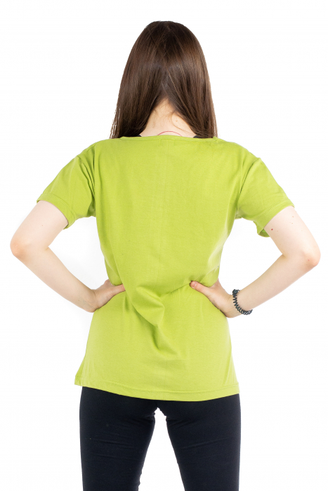 Tricou verde cu floricele brodate [3]
