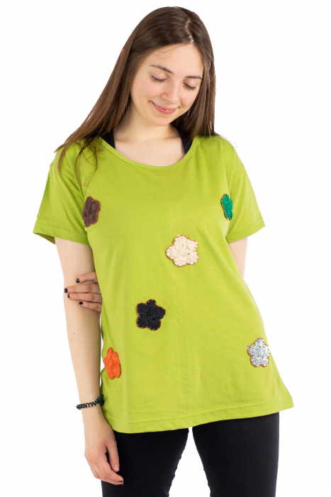 Tricou verde cu floricele brodate [1]
