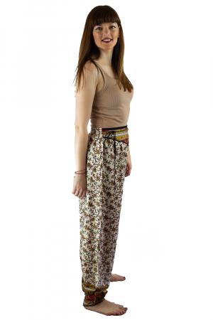 Pantaloni lejeri de vara albi cu floricele - J1014