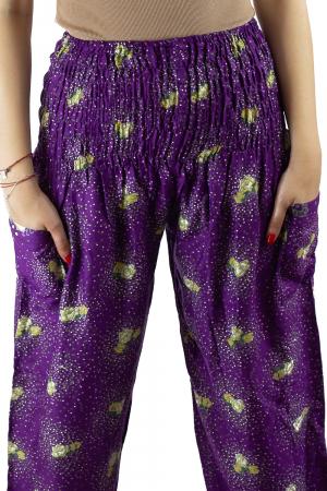Pantaloni lejeri mov cu flori galbene si doua buzunare [1]