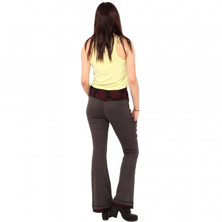 Pantaloni gri negru - Mandala rosie3