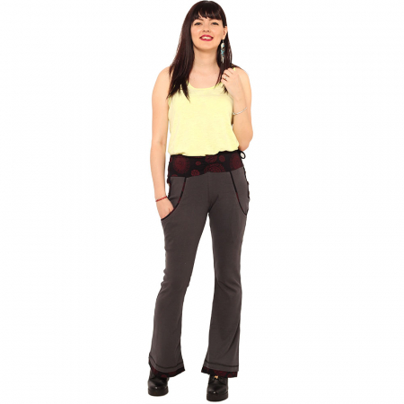 Pantaloni gri negru - Mandala rosie0