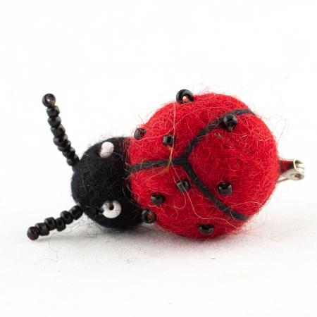 Brosa din felt - Lady Bug2