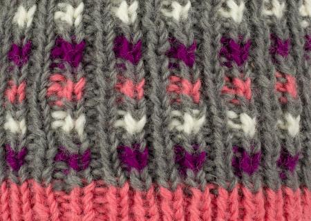 Caciula din lana - Pink bits3