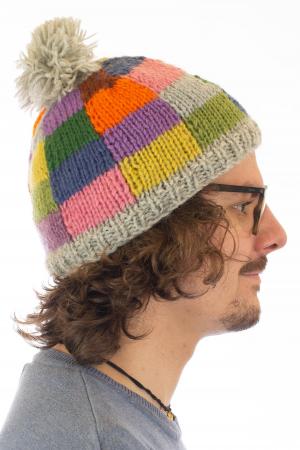 Caciula din lana - Rainbow patches2