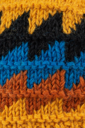 Caciula din lana - Waves4