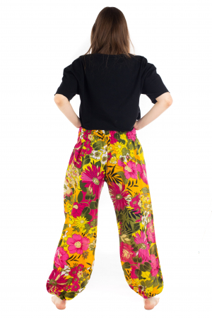 Pantaloni cu banda elastica si motive florale [3]