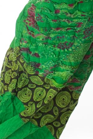 Pantaloni lejeri cu print si accente razor-cut - Verde2
