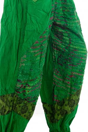 Pantaloni lejeri cu print si accente razor-cut - Verde - Model 23