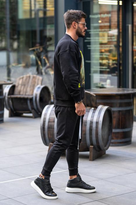 Set Easy-Fit bluza imprimata si pantalon conic negru [2]