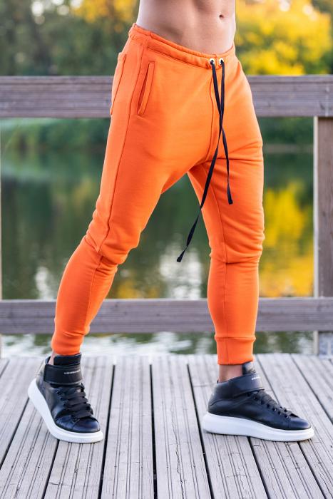 Set Kali-Fit hanorac si pantalon conic Black/Orange [6]