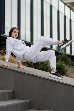 Set hanorac si pantalon Oversized Easy-Fit Off White [1]