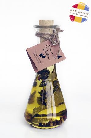 Ulei mărturie din semințe floarea-soarelui presat la rece infuzat cu busuioc, dafin și piper [0]