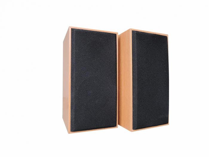 Boxa Serioux, 2.0 SoundBoost 2000C, 6W, frecvența raspuns: 100Hz- 18KHZ,raport semnal/zgomot: 70 dB, conexiune: jack 3,5 mm, alimentare: USB 5V1A, carcasă din lemn 0