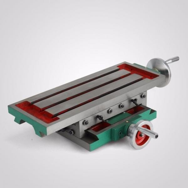Masa reglabila in 2 axe de precize pentru frezat sau routat manual cu 2 axe 210x110 mm 2