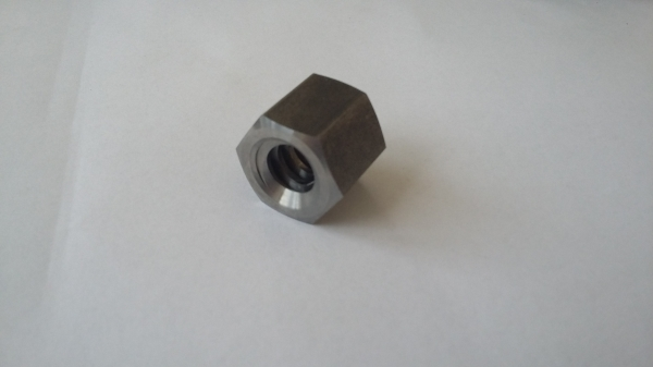 Piulita Trapezoidala MES 10x2mm dreapta 0