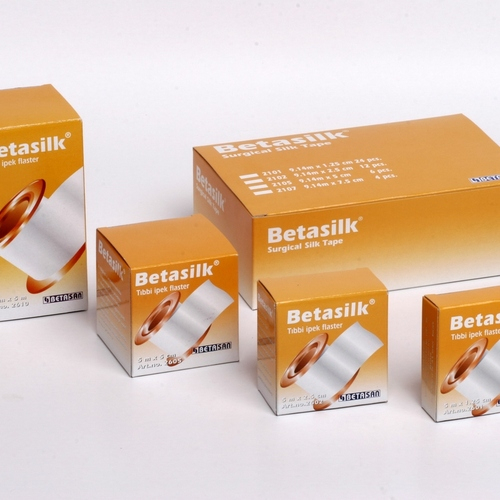 BETASILK - BANDA ADEZIVA PE SUPORT DE MATASE (1,25cm x 5m) 0