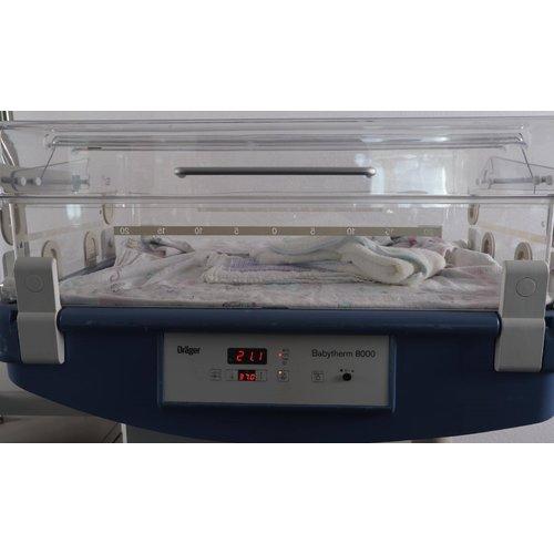 Incubator Drager Babytherm 8000 1