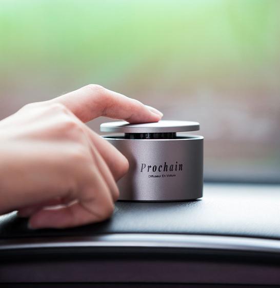 Odorizant auto Prochain (Xiaomi) Vivinevo, parfum floral, kit instalare cu baza magnetica 1