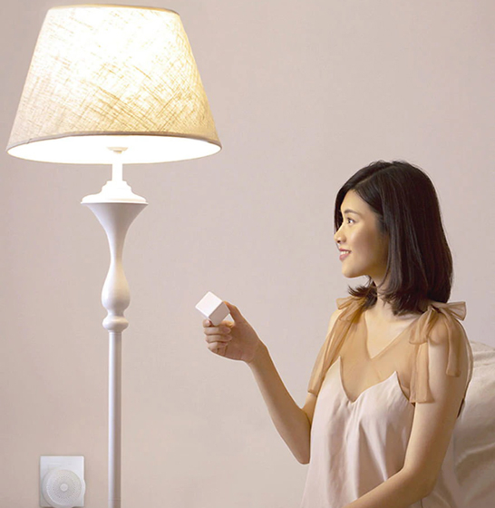 Bec LED Aqara smart, tunable white, compatibil Mi Home & Apple HomeKit, 2700K-6500K, 806 lumeni