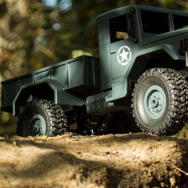 Camion militar RC cu telecomanda Funtek CR4, 1:16, 4WD, green, 700 mAh, lumini LED, sarcina maxima 3kg 4