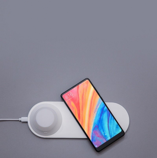 Incarcator wireless Xiaomi Yeelight Quick Charge QI, 15W, cu lampa de noapte magnetica detasabila 3