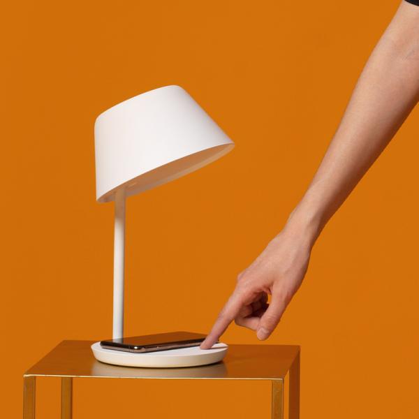Lampa LED Yeelight Staria Bedside Lamp Pro, incarcare wireless device-uri, compatibila Google, Alexa, Homekit 4