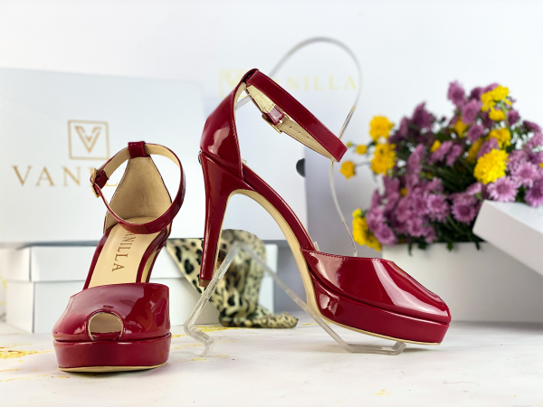 35 Sandale Beijing piele lacuita Promo 1