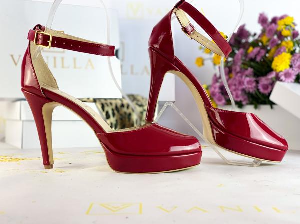 35 Sandale Beijing piele lacuita Promo 0
