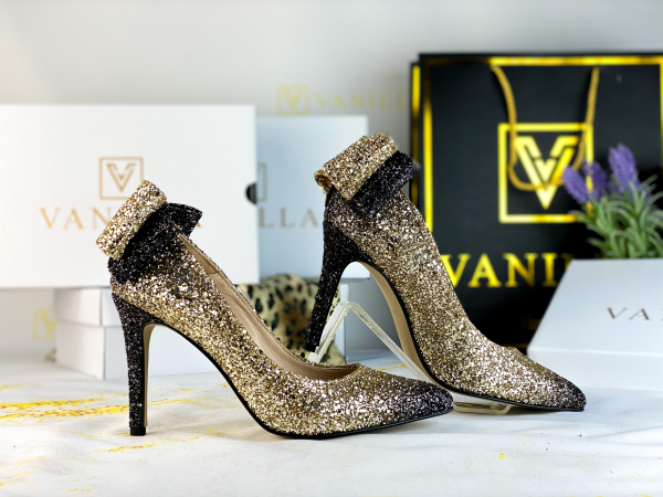41  Stiletto Cleopatra Glitter Gradient Promo 1
