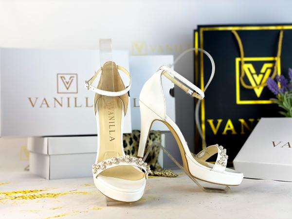 37   Sandale Adelina Perle Toc Mic Promo 0