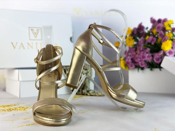 36   Sandale Antonia Gold Promo 2