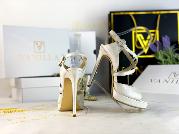 37   Sandale Berna Gri cu Reflexii Argintii Promo 2