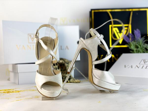 34   Sandale Berna Gri cu Reflexii Argintii Promo 0
