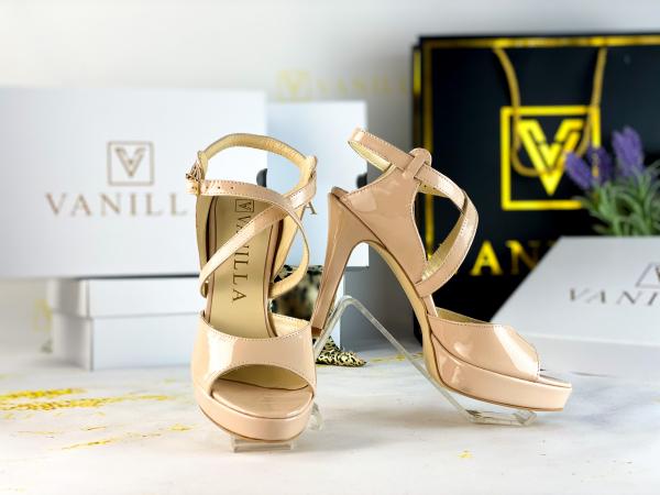 36   Sandale Berna Piele Lacuita Toc Mic Promo 0