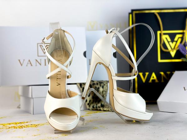 38   Sandale Manila Piele Neteda Promo 1
