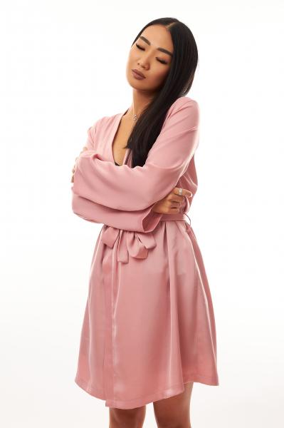 Cadou pentru ea - Halat de noapte din satin si Flori - Iasmine Pink 4