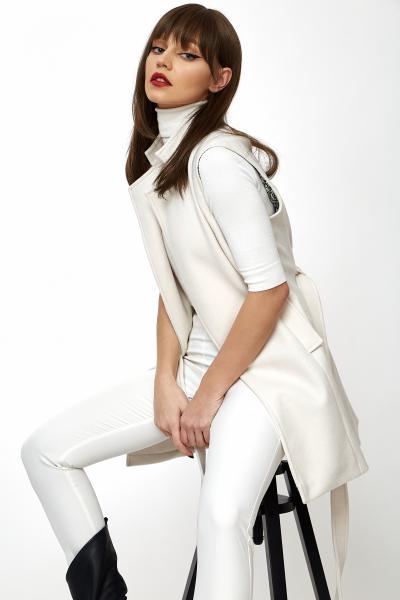 Vesta Greta White [6]