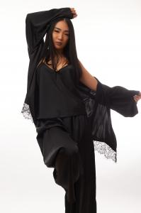 Cadou pentru ea - Set 3 piese din satin si Flori - Agnes Black3