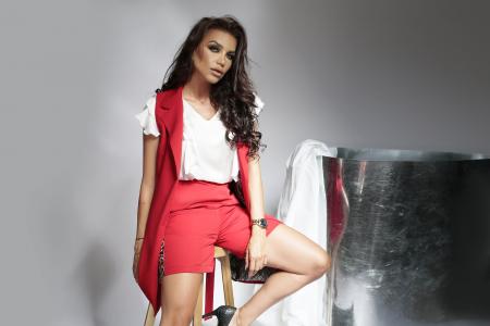 Pantaloni scurti Melia Red [3]