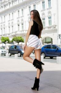 Pantaloni Scurti Valeria Love3